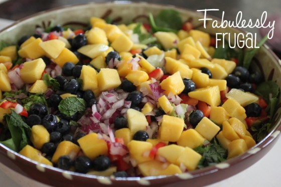Spicy Mango Blueberry Salad